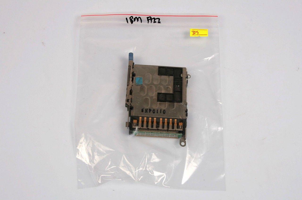 IBM ThinkPad A22m PCMCIA Card Slot, 01104NB