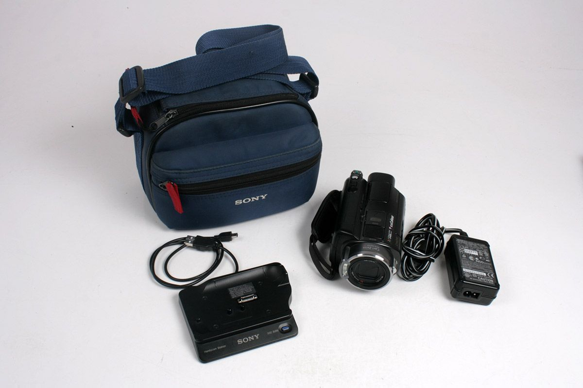 SONY HDR-SR7E 60GB High Definition Camcorder with DCRA-C181 Dock and Sony BAG